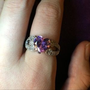 Jewelry - Sterling Silver pink heart topaz ring